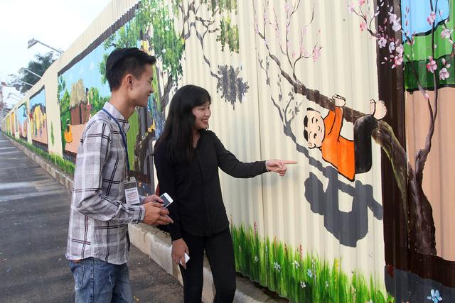 Độc đáo bức tranh 3D vẽ trên tôn dài nhất Việt Nam - Ảnh 5.
